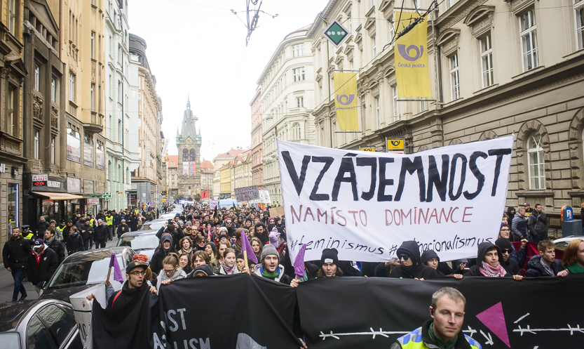 2016_11_17_demo_nacionalismus_neni_alternativa_zewlakk-3487